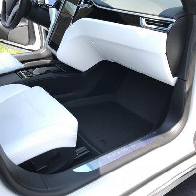 3D MAXpider Kagu floor liners in Tesla S Passenger Side