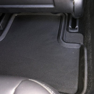 3D MAXpider floor liners for Tesla 2nd row