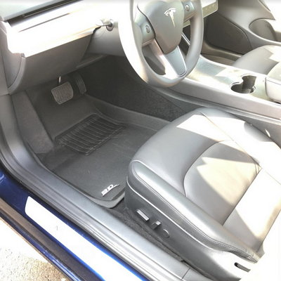 3D MAXpider floor liners for Tesla 3 driver side
