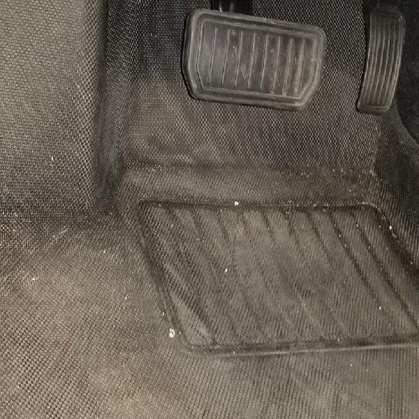 Floor liners area around pedals