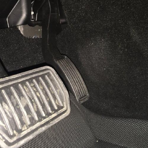 Kagu Floor mats in Tesla S fitment near pedals