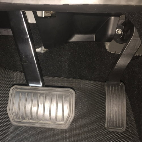 Kagu Floor mats in Tesla S pedal area